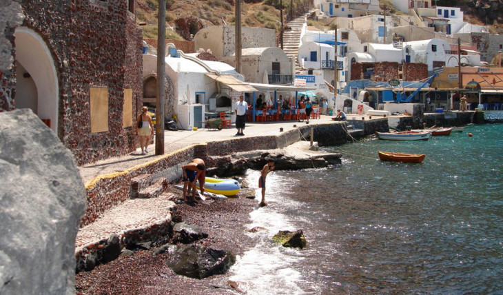 santorini fishing village